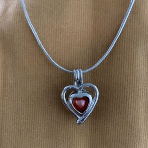 Jewelry - Heart Pearl pendant necklace